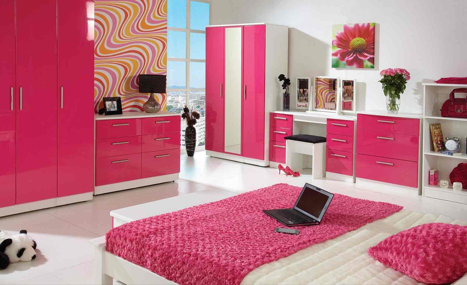 Kamar Tidur Sederhana Anak Perempuan